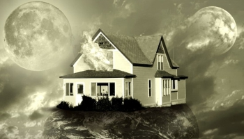 Photo montage House of two moons